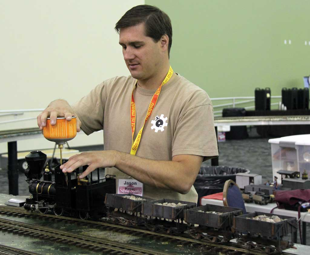 Jason Kovac adds a little butane to his 'Fairymead' on the PCLS layout.